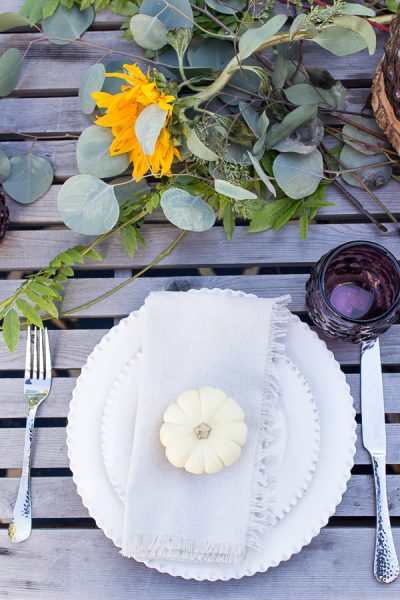 Simple Outdoor Tablescape with Pumpkins