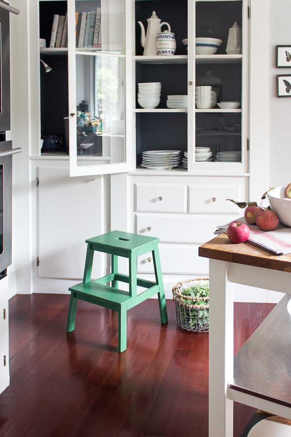 A sweet stool from Ikea painted in a pretty green #ikea #affordableinteriors #homedecor