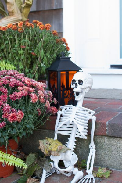 An Affordable Skeleton greets guests for Halloween I Finding Silver Pennies