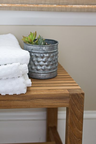 Egyptian cotton towels, pretty succulents and teak I Finding Silver Pennies