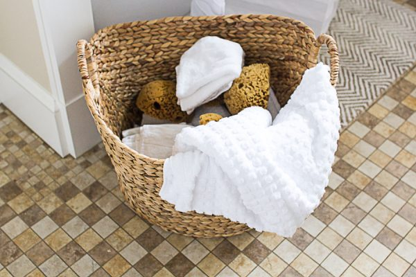 Refresh your bathroom with new towels and facecloths I Finding Silver Pennies