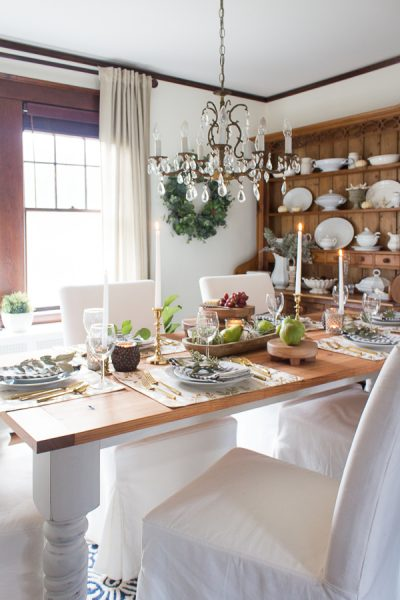 Simple and relaxed Thanksgiving tablescape I Finding Silver Pennies