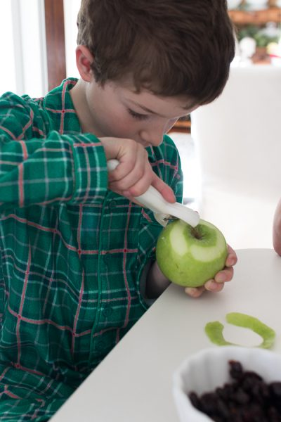 Peeling apple for mince pies - Finding Silver Pennies