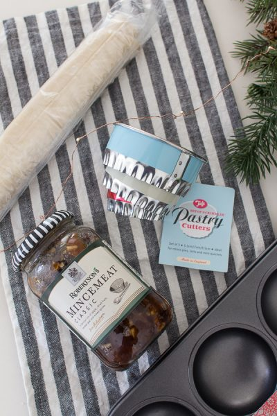Easy Mince Pie Ingredients - Finding Silver Pennies