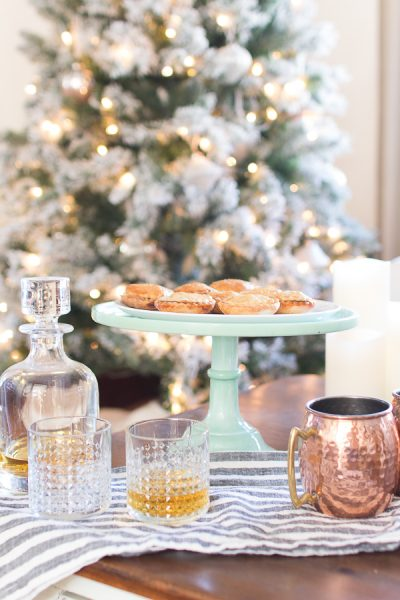 Warm Mince Pies for Christmas - Finding Silver Pennies