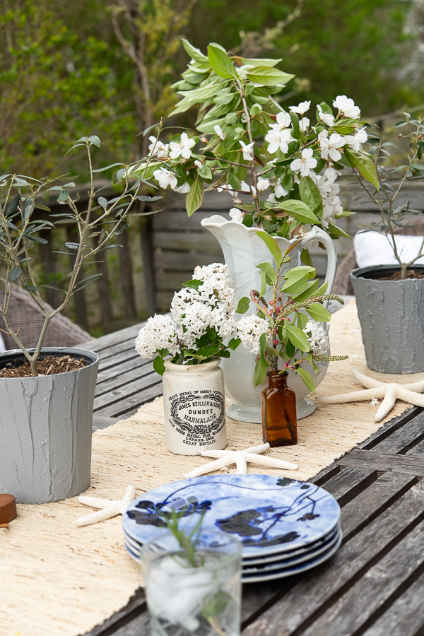 Simple Outdoor Entertaining Ideas - Finding Silver Pennies