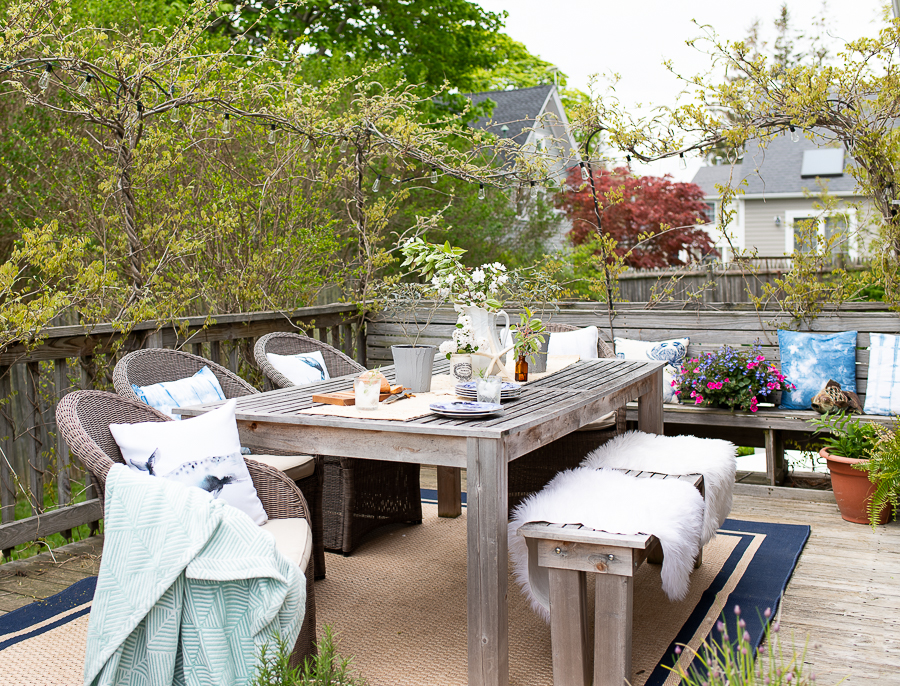 Easy Ideas for Coastal Entertaining - Finding Silver Pennies