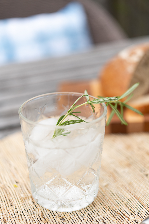 Infuse water with rosemary - Finding Silver Pennies