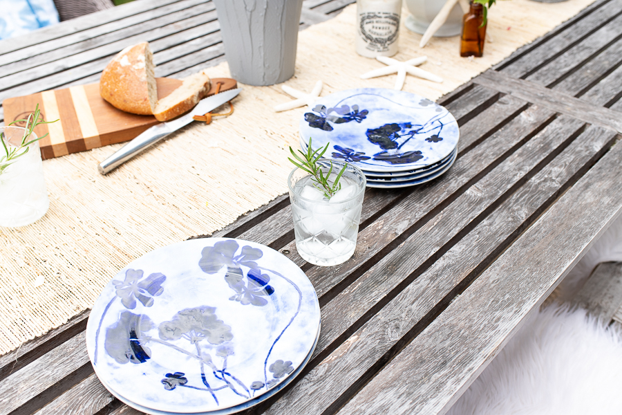 Blue and White Botanical Plates Make Outdoor Entertaining Fun - Finding Silver Pennies