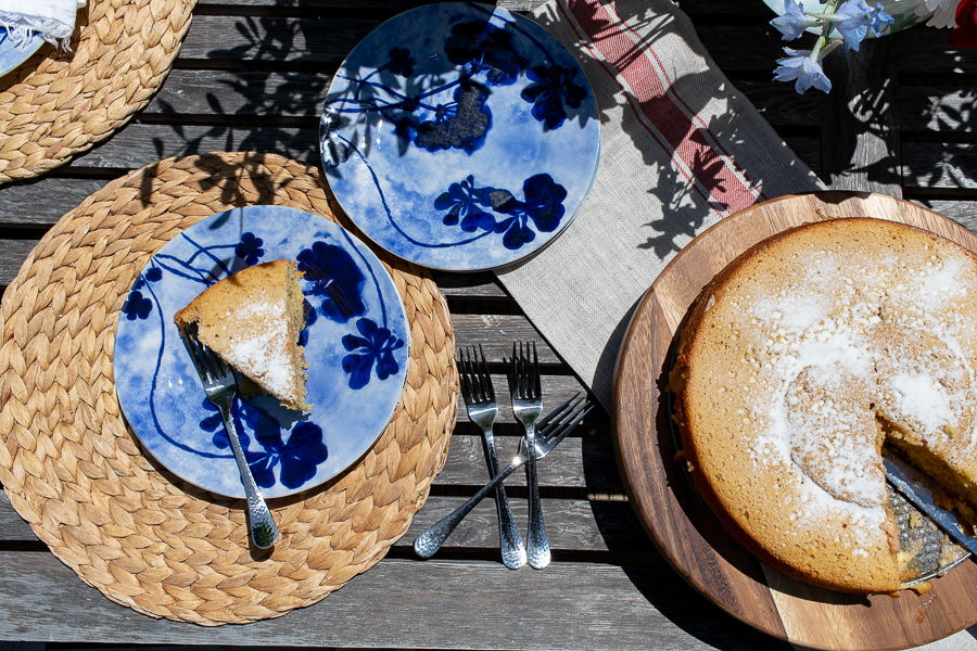 Brunch on a deck, easy ideas for summer - Finding Silver Pennies