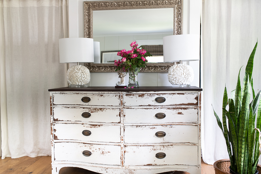 Simple summer style in our bedroom, lots of white on white with some plants - Finding Silver Pennies