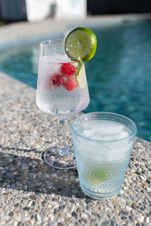 Refreshing Skinny Cocktails for Summer - Finding Silver Pennies