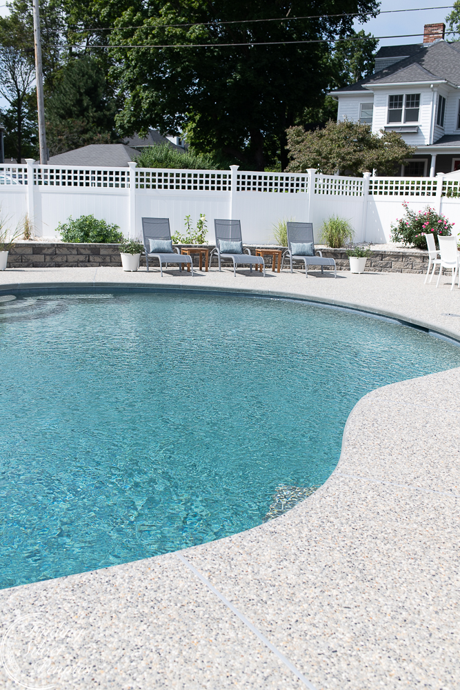Simple New England Style and pool reveal - Finding Silver Pennies