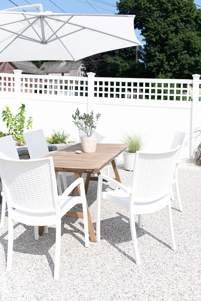 Simple New England Patio area - Finding Silver Pennies