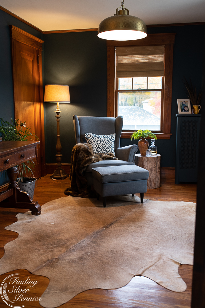 A warm and inviting home office