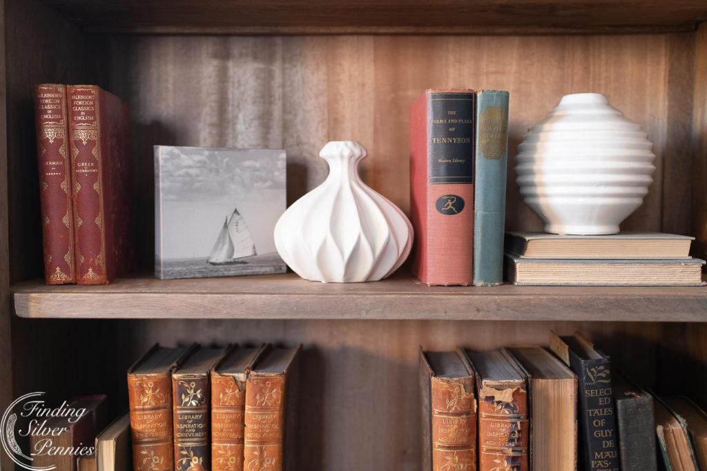 Nautical Inspired Bookcase #bookcase #office #englishstyle #bookshelf #stylingtips