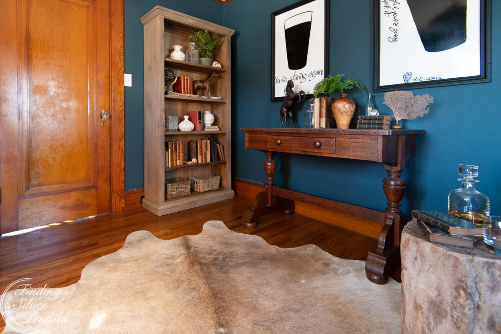 English Style Home Office and How to Style a Bookshelf #bookcase #office #englishstyle #bookshelf #stylingtips