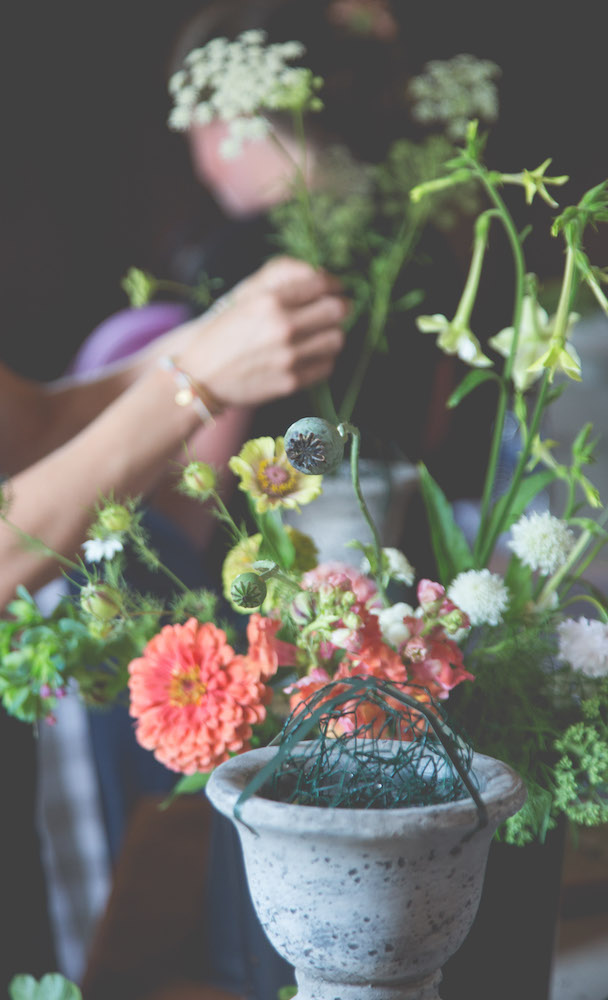 Flower workshop at Norwell based Cross Street Flower Farm #interview #flowerfarm #creativity